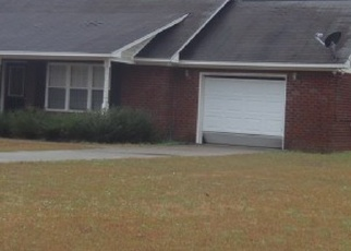 Foreclosed Home in Manning 29102 REV J W CARTER RD - Property ID: 4343760115