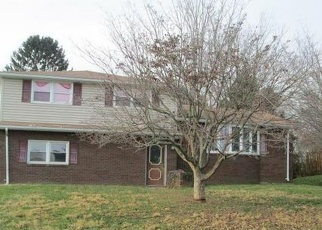 Foreclosed Home in Dallastown 17313 NOLLYN DR - Property ID: 4343838973