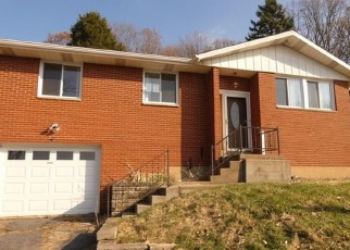 Foreclosed Home in Verona 15147 HUNTER RD - Property ID: 4343921291