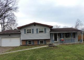 Foreclosed Home in Youngstown 44515 FROSTWOOD DR - Property ID: 4343926553