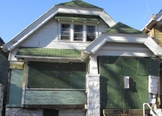 Foreclosed Home in Milwaukee 53206 N 24TH PL - Property ID: 4344084668