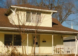 Foreclosed Home in West Frankfort 62896 E ELM ST - Property ID: 4344159560