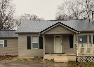 Foreclosed Home in Rutledge 37861 RUTLEDGE PIKE - Property ID: 4344185844