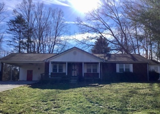 Foreclosed Home in La Follette 37766 LILAC DR - Property ID: 4344196793