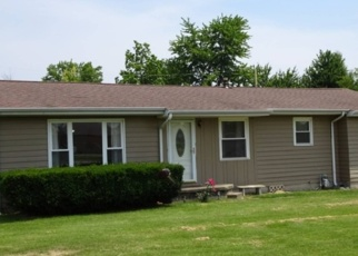Foreclosed Home in Carmi 62821 SAUNDERS AVE - Property ID: 4344212106
