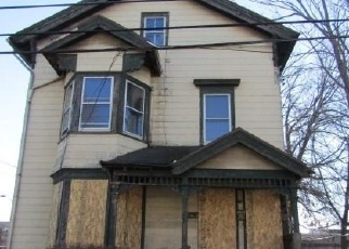 Foreclosed Home in Bridgeport 06605 LEWIS ST - Property ID: 4344298393