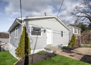 Foreclosed Home in Hyattsville 20785 PERRY ST - Property ID: 4344559873