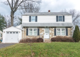 Foreclosed Home in Warminster 18974 VICTORIA RD - Property ID: 4344629505