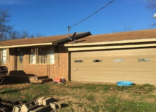 Foreclosed Home in Howe 74940 OLLAR RD - Property ID: 4344658857