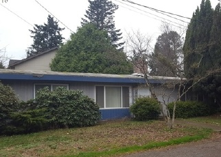 Foreclosed Home in Seattle 98146 SW 130TH LN - Property ID: 4344678558