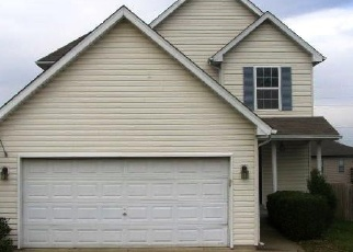Foreclosed Home in Shelbyville 40065 BELL AVE - Property ID: 4344755643