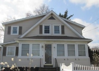 Foreclosed Home in Norwalk 06851 CATALPA ST - Property ID: 4344810835