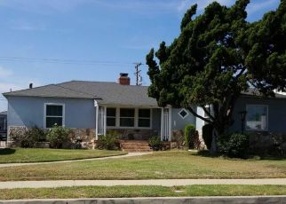 Foreclosed Home in Inglewood 90305 S 2ND AVE - Property ID: 4345110398