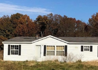 Foreclosed Home in Brownstown 62418 N 1325 ST - Property ID: 4345115657