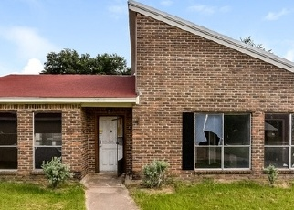 Foreclosed Home in Waller 77484 WINDROSE LN - Property ID: 4345233472