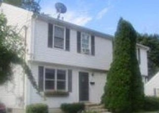Foreclosed Home in Haverhill 01830 GROVELAND ST - Property ID: 4345352153