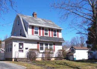 Foreclosed Home in Rochester 14612 HARDING RD - Property ID: 4345527345