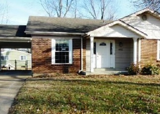 Foreclosed Home in Saint Charles 63304 SAINT GREGORY LN - Property ID: 4345554500