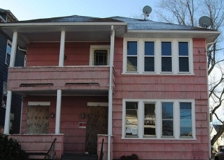 Foreclosed Home in Woonsocket 02895 REBEKAH ST - Property ID: 4345762543