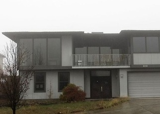 Foreclosed Home in Medford 97504 VISTA POINTE DR - Property ID: 4345920656