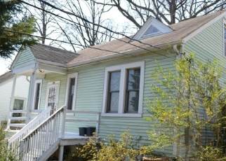 Foreclosed Home in Takoma Park 20912 ETHAN ALLEN AVE - Property ID: 4345961381