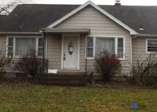 Foreclosed Home in Hobart 46342 W 39TH PL - Property ID: 4345976717