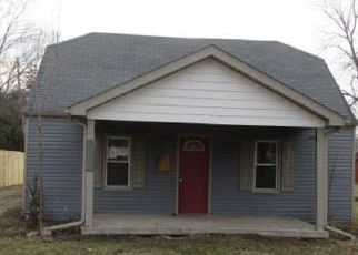 Foreclosed Home in New Boston 48164 WALTZ RD - Property ID: 4346120814