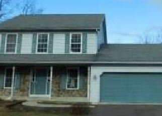 Foreclosed Home in Womelsdorf 19567 SELTZER AVE - Property ID: 4346392344
