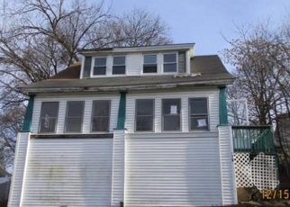 Foreclosed Home in Lowell 01851 BELLEVUE ST - Property ID: 4346463296