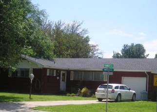 Foreclosed Home in Baxter Springs 66713 LINCOLN AVE - Property ID: 4346568413