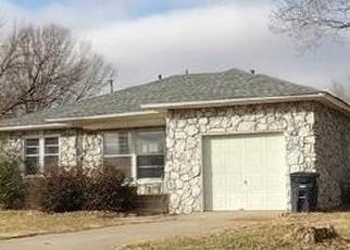 Foreclosed Home in Shawnee 74804 N BEARD AVE - Property ID: 4346569286