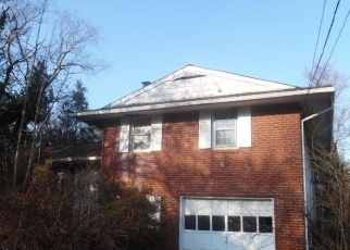 Foreclosed Home in Norristown 19403 W ADAIR DR - Property ID: 4346632804