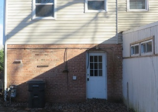Foreclosed Home in Alexandria 22303 GLENDALE TER - Property ID: 4346636746