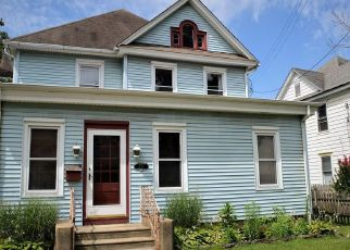 Foreclosed Home in Pitman 08071 N BROADWAY - Property ID: 4346642429