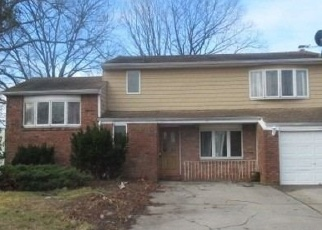 Foreclosed Home in Selden 11784 BISCAYNE DR - Property ID: 4346697173