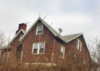 Foreclosed Home in Red Hook 12571 ALBANY POST RD - Property ID: 4346760686