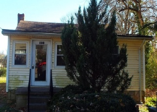 Foreclosed Home in Colonial Beach 22443 2ND ST - Property ID: 4346786523