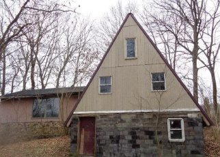 Foreclosed Home in Marengo 47140 N HARDY RD - Property ID: 4346831194