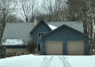 Foreclosed Home in Little Suamico 54141 WEDGEWOOD DR - Property ID: 4346946830
