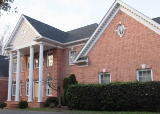 Foreclosed Home in Fairfax Station 22039 LILTING LN - Property ID: 4347026537