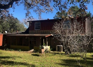 Foreclosed Home in Baytown 77523 OLD RIVER DR - Property ID: 4347079526