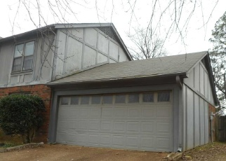 Foreclosed Home in Memphis 38128 SCOTLAND RD - Property ID: 4347193853