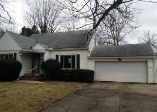 Foreclosed Home in Akron 44320 S HAWKINS AVE - Property ID: 4347210932