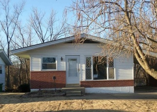 Foreclosed Home in Saint Louis 63137 SHEPLEY DR - Property ID: 4347269617