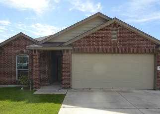 Foreclosed Home in New Braunfels 78130 WOLFETON WAY - Property ID: 4347312982