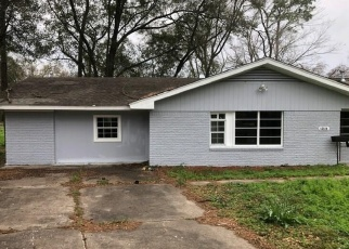 Foreclosed Home in Houston 77015 MOBILE ST - Property ID: 4347317793