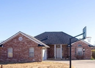 Foreclosed Home in Choctaw 73020 KENNETH LN - Property ID: 4347320418