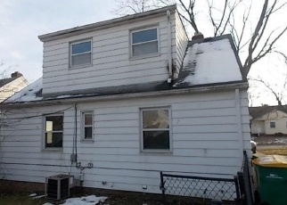 Foreclosed Home in Maple Heights 44137 MAPLEWOOD AVE - Property ID: 4347356774