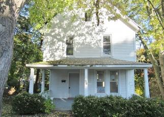 Foreclosed Home in Ravena 12143 MCCULLOCH AVE - Property ID: 4347430792