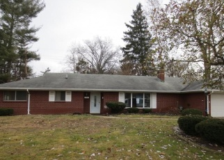 Foreclosed Home in Toledo 43606 BRUNSWICK DR - Property ID: 4347589326